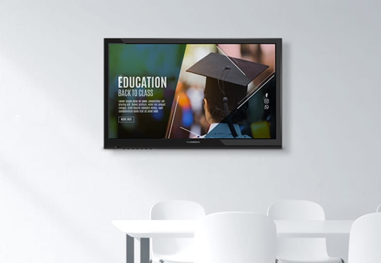 Don't Be A Bore: 4 Tips For Engaging University Digital Signage