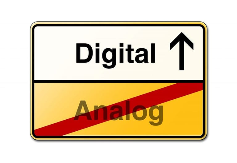 Making The Switch To Digital Signage Easy